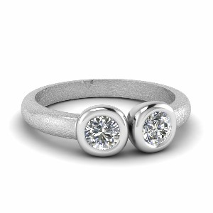 2 Stone Simple Round Diamond Ring