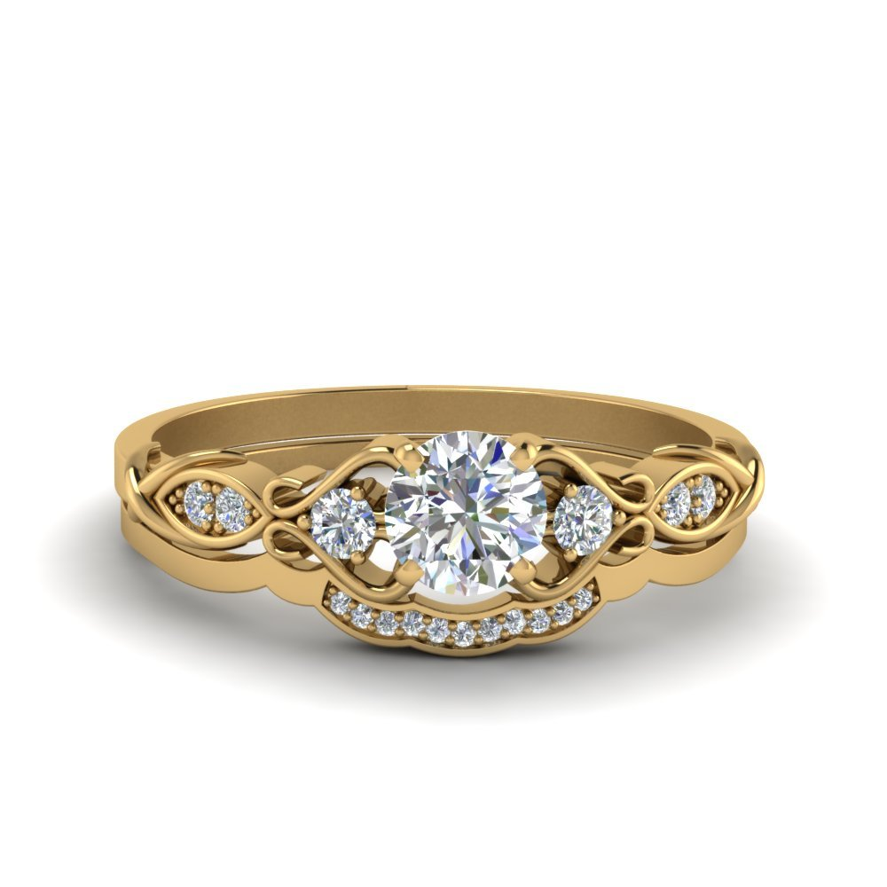 Victorian Style Round Cut Diamond Bridal Set In 18K Yellow Gold