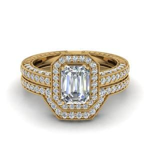 Vintage Halo Emerald Cut Diamond Bridal Ring Set In 18K Yellow Gold
