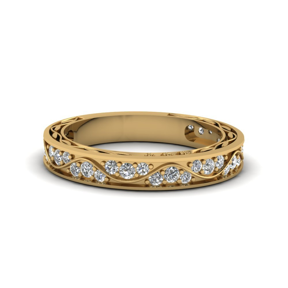 Vintage Looking Pave Diamond Wedding Ring For Women In 14K Yellow Gold