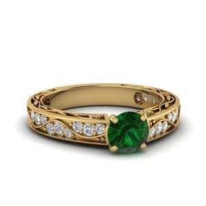 Vintage Round Emerald Engagement Ring In 14K Yellow Gold