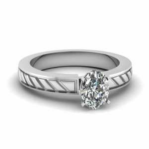 Oval Solitaire Wedding Diamond Ring