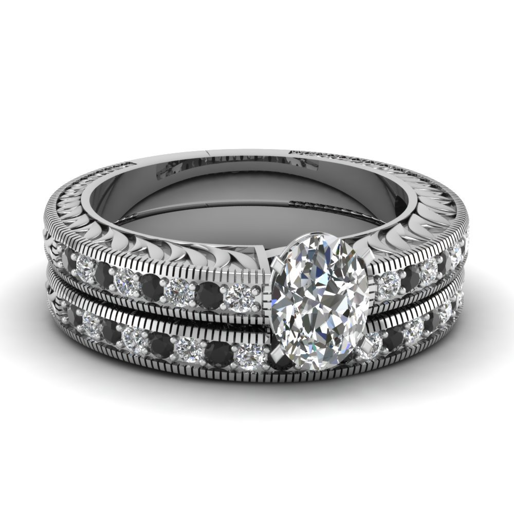 Hand Engraved Oval Shaped Vintage Wedding Ring Set With Black Diamond In 18K White Gold