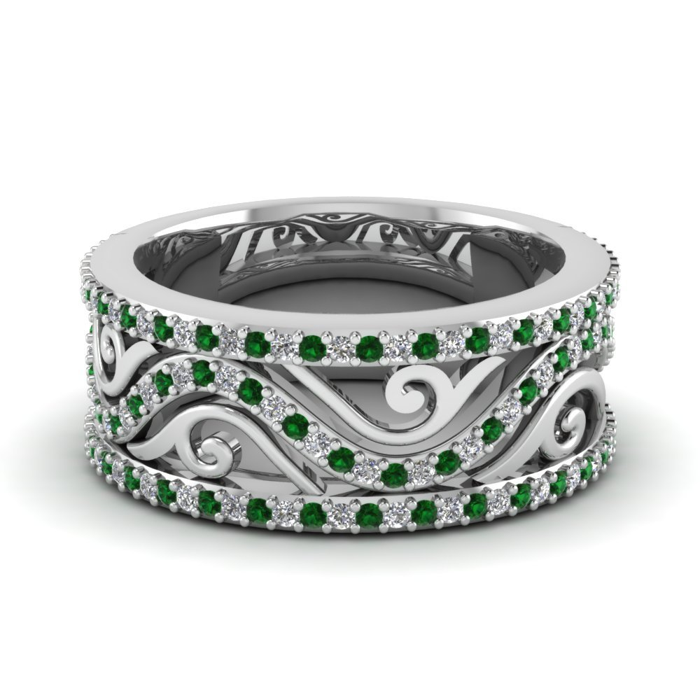 Emerald In Antique Wedding Band