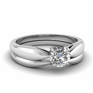 Tapered Bow Solitaire Wedding Set
