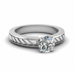 Round Cut White Gold Ring