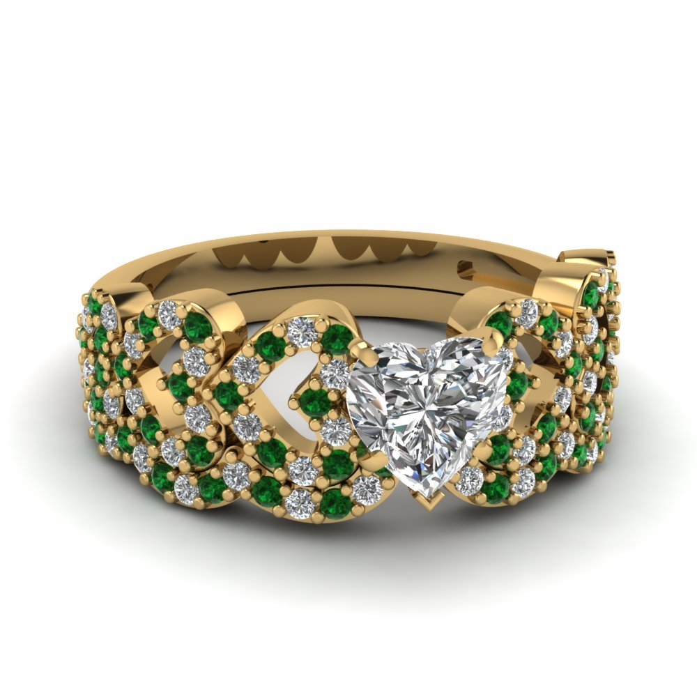 Heart Design Linked Diamond Wedding Set With Emerald In 14K Yellow Gold
