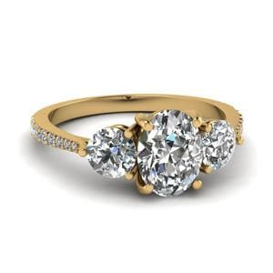 Petite 3 Stone Oval Diamond Ring