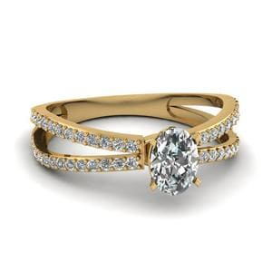 Reverse Split Shank Oval Diamond Engagement Ring In 18K Yellow Gold
