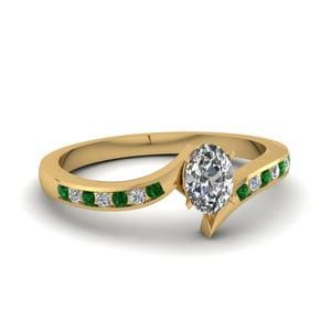 Twist Channel Oval Diamond Engagement Ring With Emerald In 18K Yellow Gold