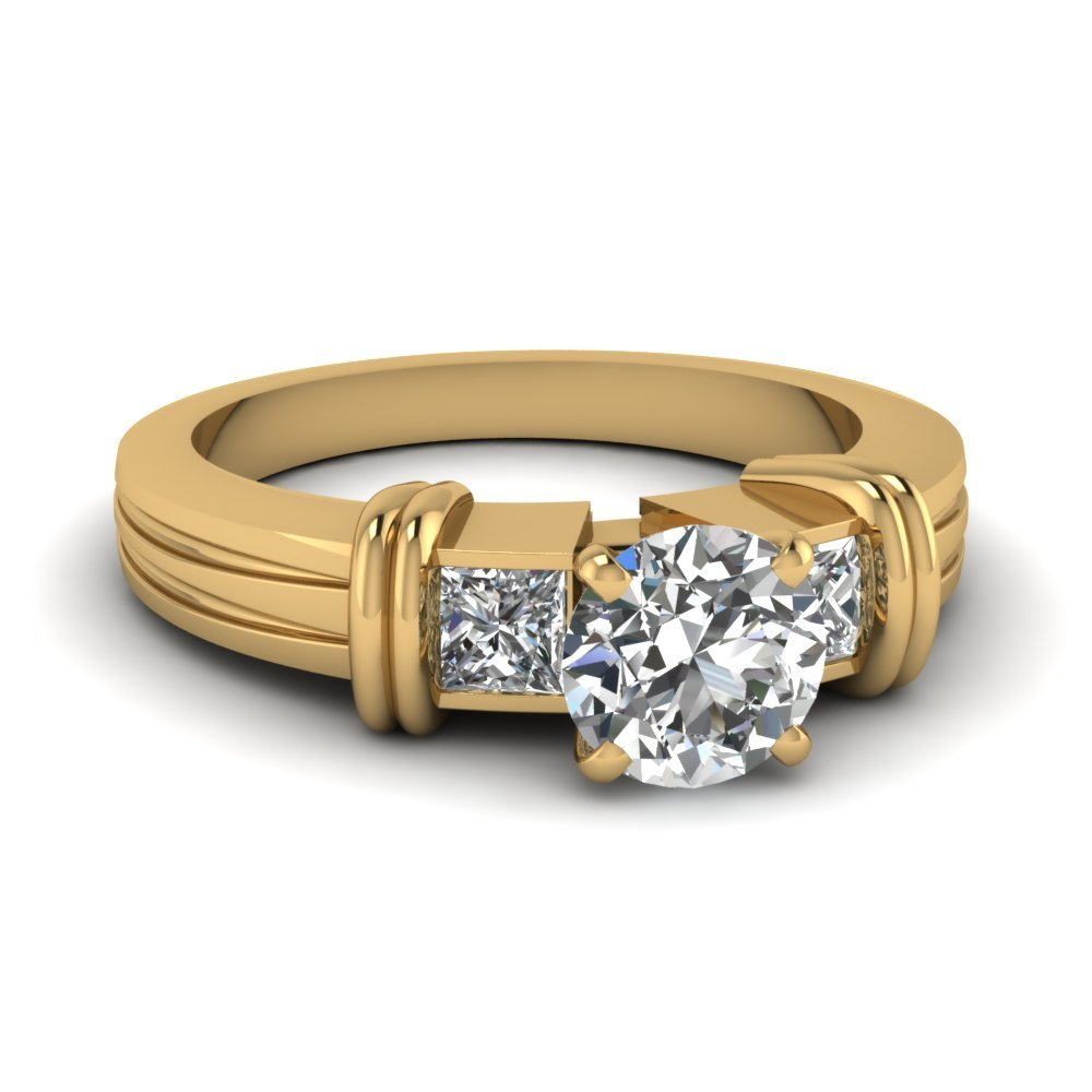 Bar 3 Stone Round Cut Engagement Ring In 14K Yellow Gold