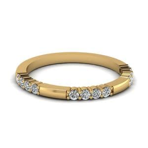 Delicate Gold Wedding Band