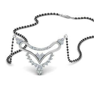 Short Mangalsutra Pendant With Diamonds